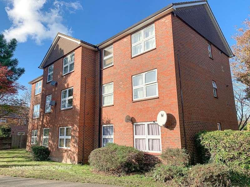 1 Bedroom Apartment Flat for sale in Athelstan Walk South, Welwyn Garden City