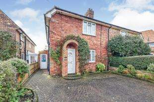 3 Bedrooms Semi Detached House for sale in Mandeville Road, Canterbury, Kent, England