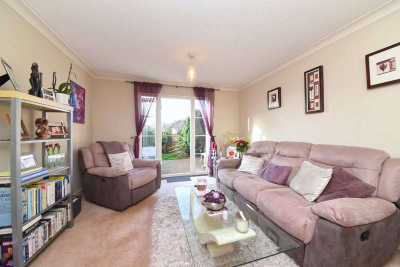2 Bedrooms Terraced House for sale in Milland Court, Borehamwood, Herts, WD6
