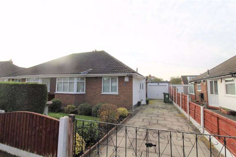 2 Bedrooms House for rent in Ashbrook Avenue, Denton, Manchester