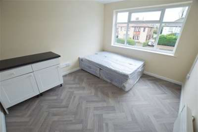 Studio Flat for rent in Gleadless Road, Gleadless, Sheffield, S12