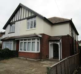 5 Bedrooms Detached House for rent in Langhorn Road,