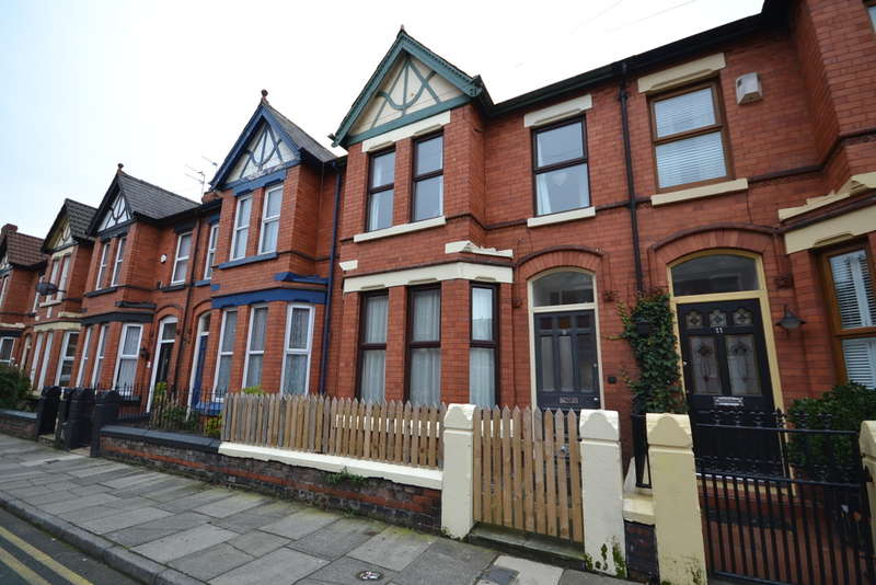 3 Bedrooms Terraced House for rent in Curzon Road, Waterloo, Liverpool, L22