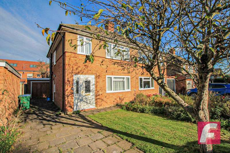 3 Bedrooms Semi Detached House for sale in Leaford Crescent, Watford, WD24