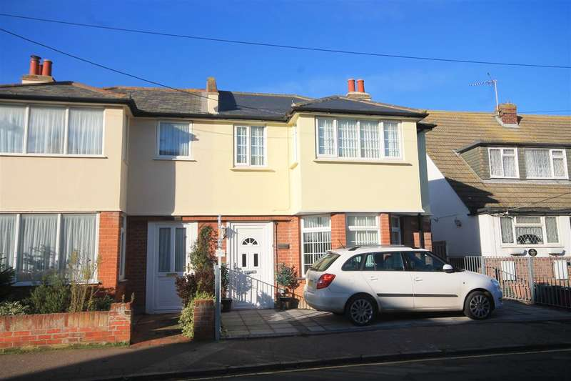 4 Bedrooms Semi Detached House for sale in Seacot, Green Lane, Walton on the Naze