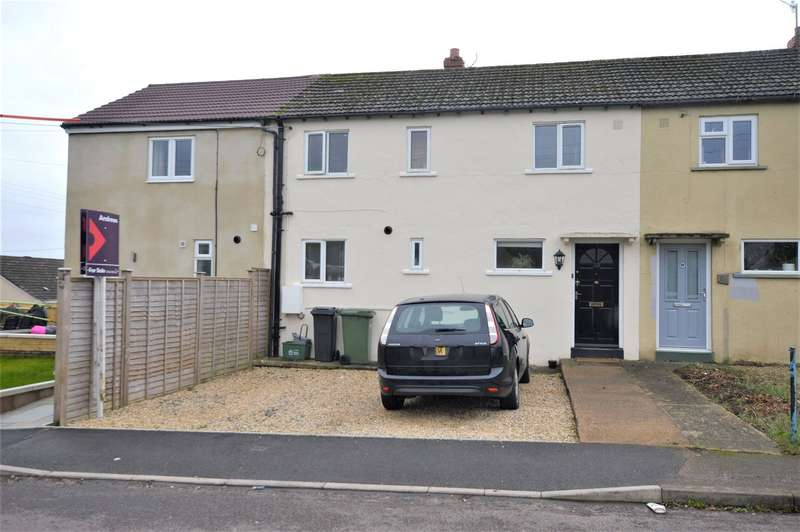 3 Bedrooms Terraced House for rent in Elm Road, Stroud, Glos, GL5