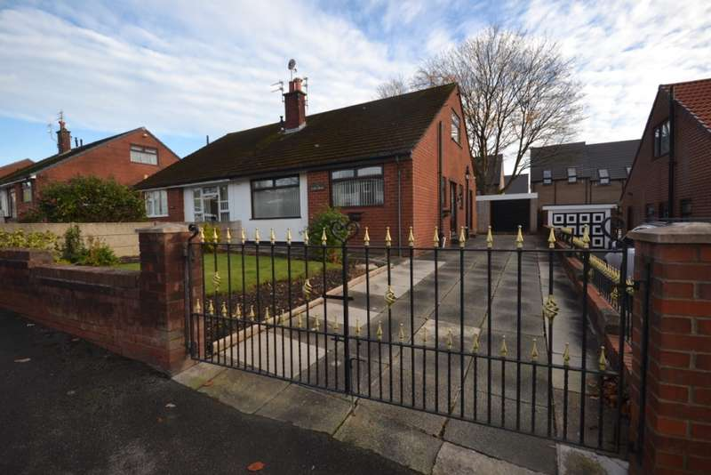 4 Bedrooms Bungalow for rent in Balcarres Avenue, Whelley, Wigan, WN1 3UX