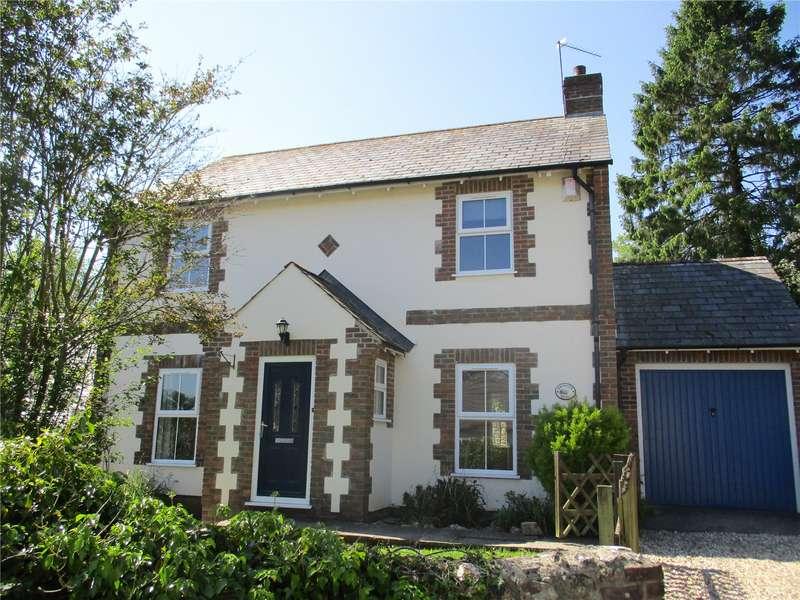 3 Bedrooms Detached House for rent in Smallridge, Axminster, Devon, EX13