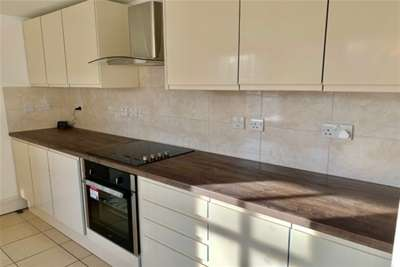 4 Bedrooms Link Detached House for rent in Sandon Road, CH2