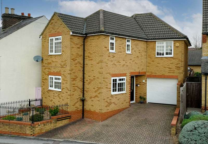3 Bedrooms Detached House for sale in Anchor Lane, Boxmoor