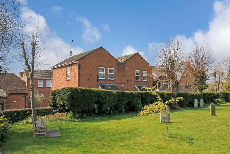 4 Bedrooms Detached House for sale in High Street, Tring