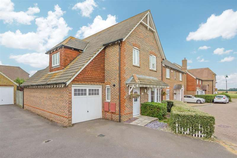 4 Bedrooms Detached House for sale in Chetney View, Iwade, Sittingbourne