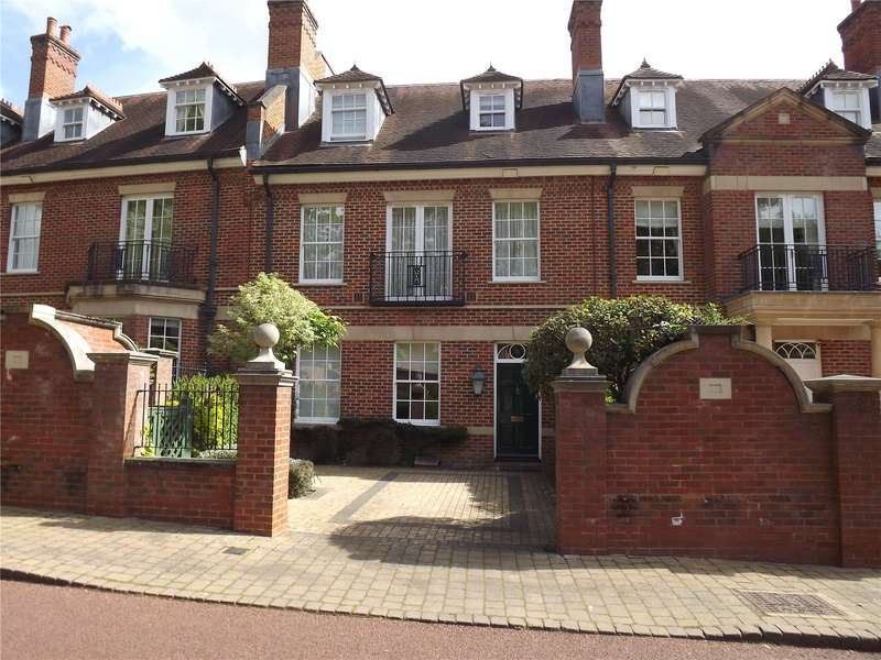 4 Bedrooms Terraced House for sale in Wethered Park, Marlow, SL7