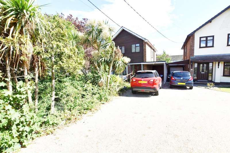 3 Bedrooms Detached House for sale in Long Road, Canvey Island