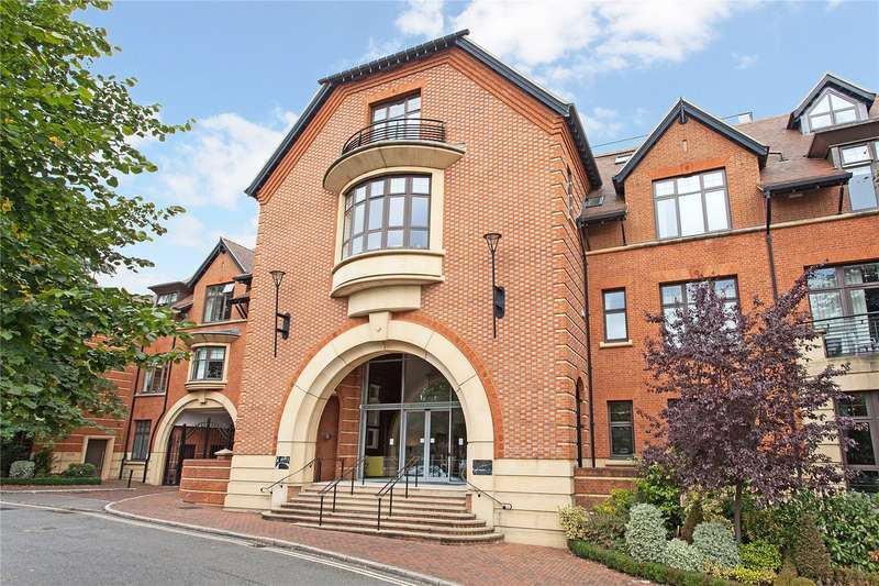 2 Bedrooms Flat for rent in Royal Apartments, Perpetual House, Station Road, Henley-on-Thames, RG9