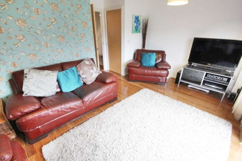 3 Bedrooms Mews House for sale in Sable Way, Manchester