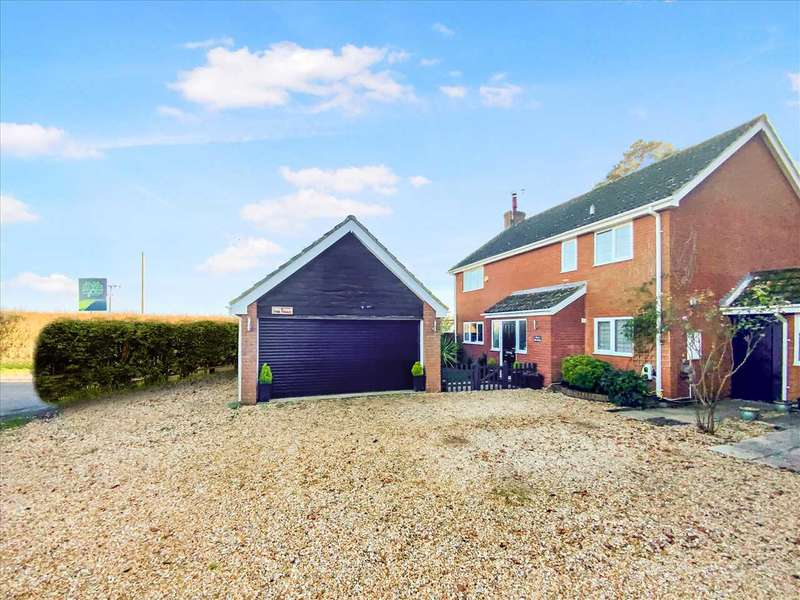 4 Bedrooms Detached House for sale in The Triad, Kimpton, Andover