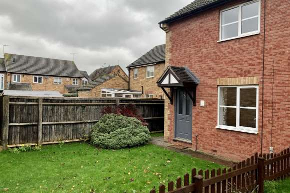 2 Bedrooms Detached House for rent in St Clares Court, Lower Bullingham