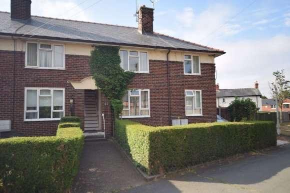 2 Bedrooms Flat for rent in Russel Grove, Wrexham
