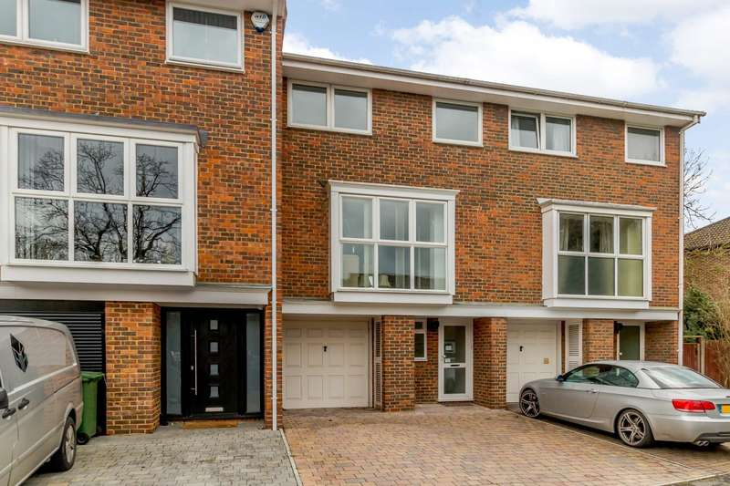 3 Bedrooms Terraced House for rent in Wynton Grove, Walton On Thames, KT12