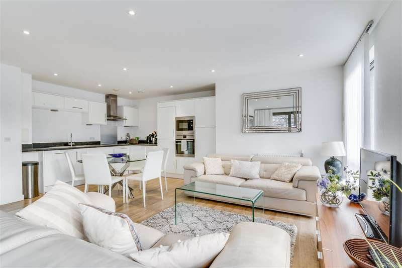 3 Bedrooms Apartment Flat for rent in Palm House, Sancroft Street, Vauxhall, London