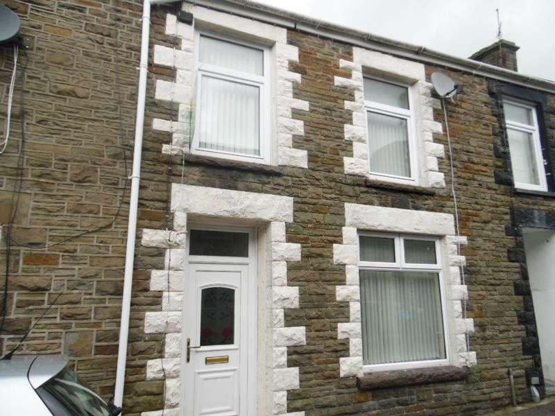 3 Bedrooms Terraced House for rent in Railway Street, Treharris