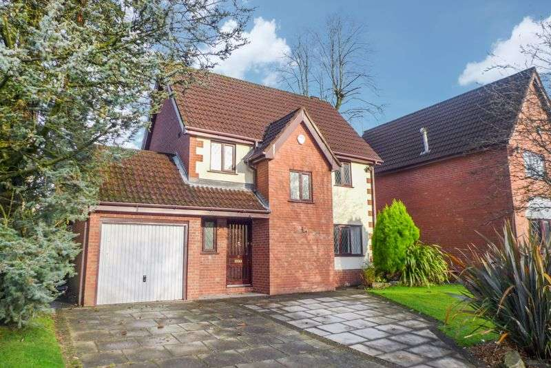 3 Bedrooms Property for rent in Copeland Mews, Heaton, Bolton