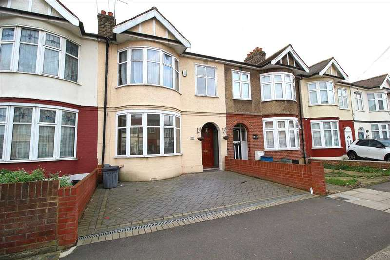 4 Bedrooms Terraced House for rent in Eton Road, Ilford
