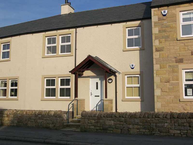 2 Bedrooms Ground Flat for rent in Old Laundry Mews, Ingleton,
