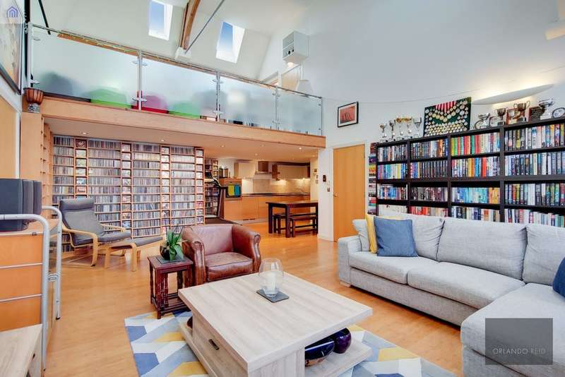 3 Bedrooms Flat for sale in Reed Place, Clapham