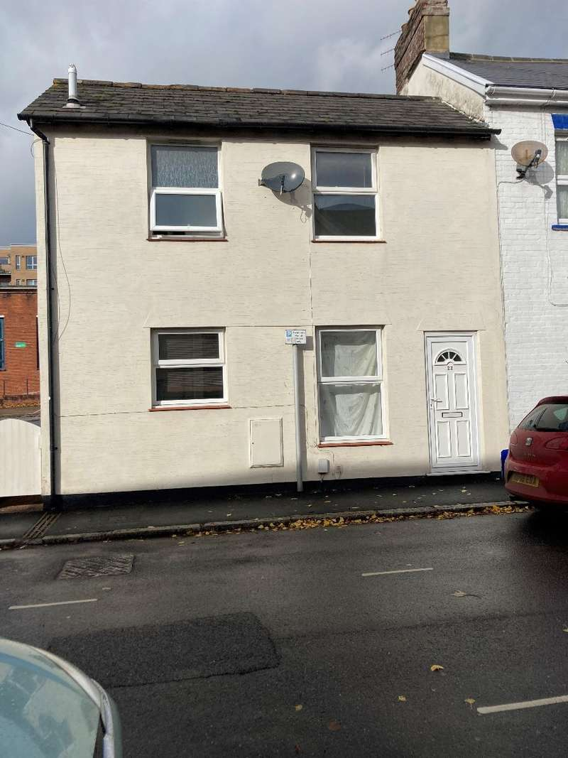 2 Bedrooms Terraced House for rent in Newtown