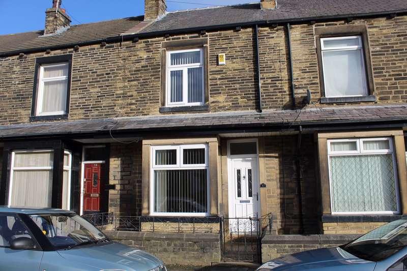 3 Bedrooms Property for rent in Peveril Mount, Bradford, BD2 3JY