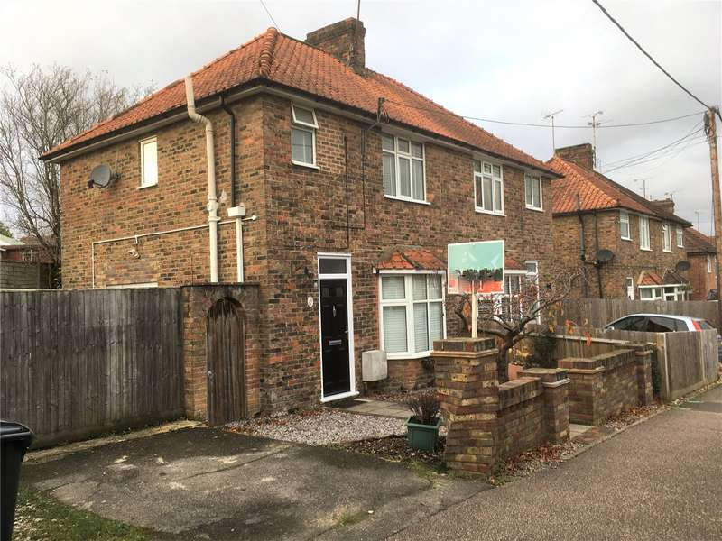3 Bedrooms House for rent in North Road, Haywards Heath