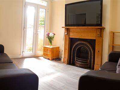 5 Bedrooms House for rent in Beaconsfield Road, Leicester