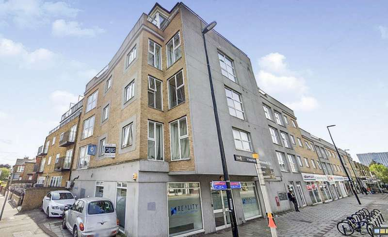2 Bedrooms Flat for rent in 3 High Street Colliers Wood, London