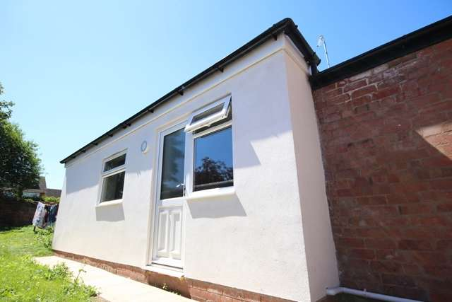 1 Bedroom Ground Flat for rent in Bromyard Road, St Johns, Worcester