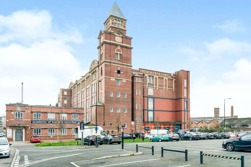 2 Bedrooms Flat for sale in Heritage way, Wigan, Greater Manchester, WN3