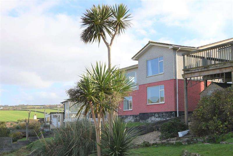 4 Bedrooms Detached House for sale in Wheal Leisure, Perranporth, TR6