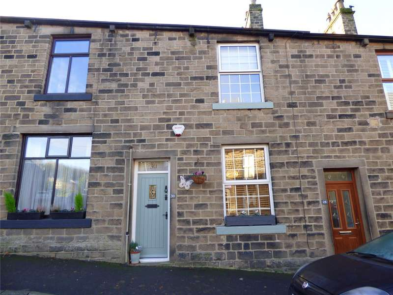 3 Bedrooms Terraced House for rent in Court Street, Uppermill, Oldham, OL3