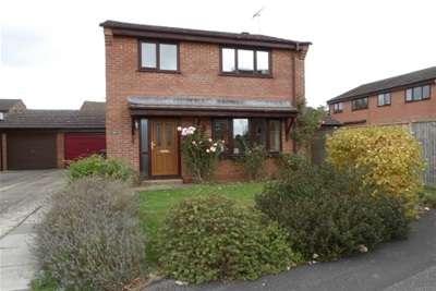 3 Bedrooms Detached House for rent in Tadburn Road, Romsey