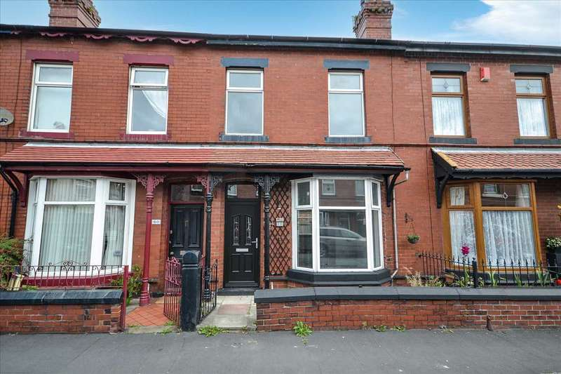 3 Bedrooms Terraced House for sale in Hamilton Road, Chorley