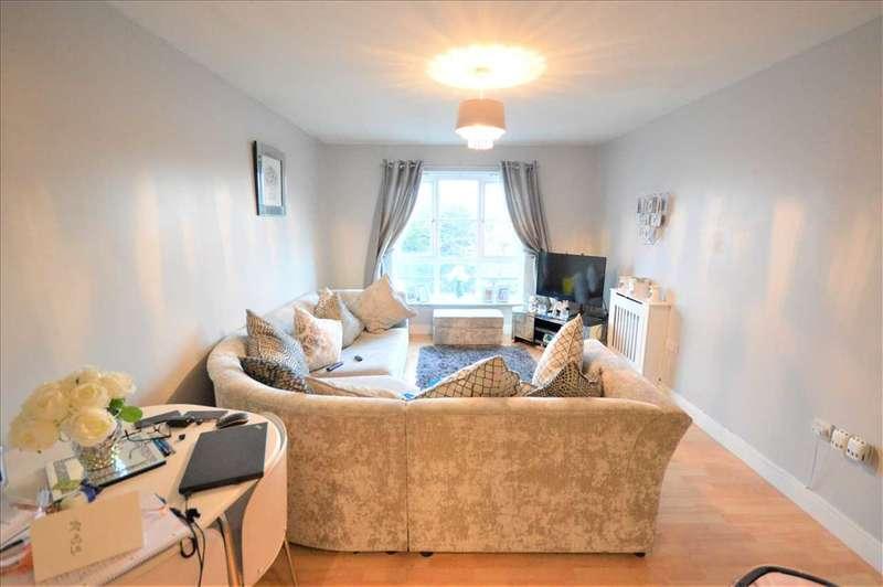 2 Bedrooms Flat for rent in Bridge Road, Wickford