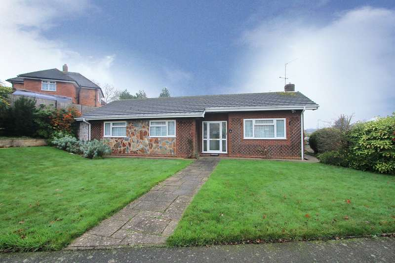 3 Bedrooms Bungalow for rent in Red Hill, Oldswinford, Stourbridge, DY8
