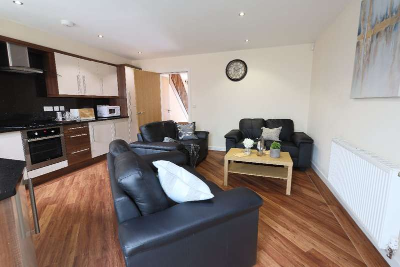 6 Bedrooms Terraced House for rent in 6a Wilkinson Street