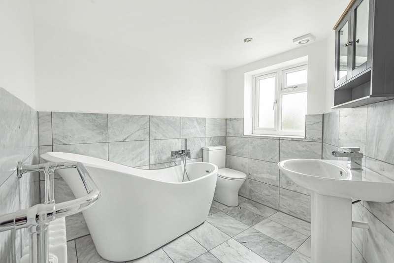5 Bedrooms Semi Detached House for rent in Groveland Way, New Malden, KT3