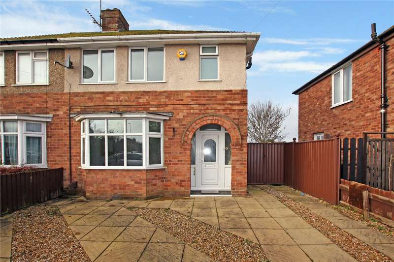 3 Bedrooms Semi Detached House for rent in Hall Avenue, Rushden, Northants