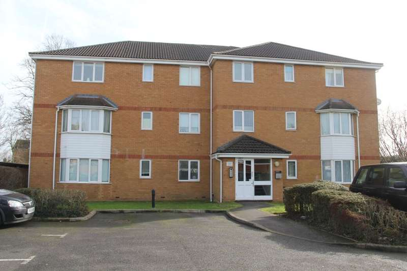 2 Bedrooms Flat for sale in High Street, Langley, Slough, SL3