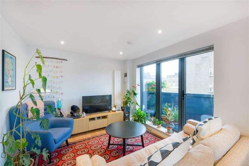 2 Bedrooms Flat for sale in Comet Street, Deptford, SE8