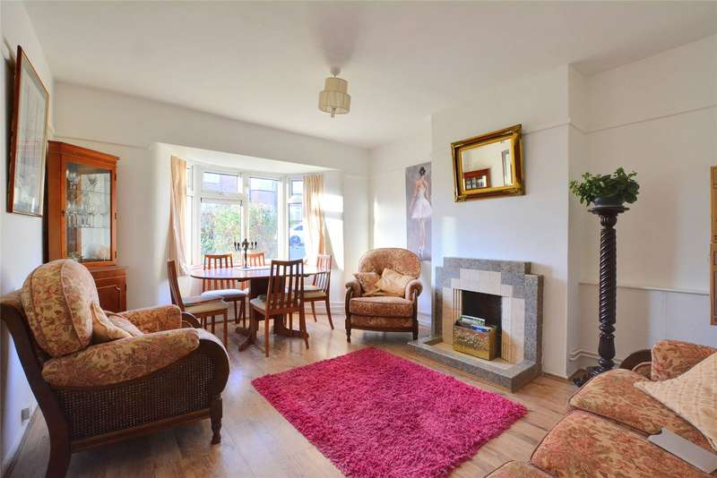 2 Bedrooms Maisonette Flat for rent in Edgehill Road, Chislehurst, BR7