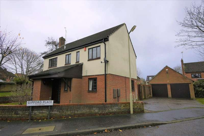 4 Bedrooms House for rent in Gifford Place, Brentwood, CM14